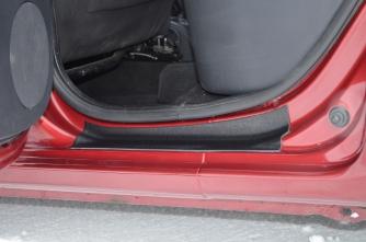 Накладки в проемы дверей «KART RS» (передние + задние) для Рено Сандеро / Степвей